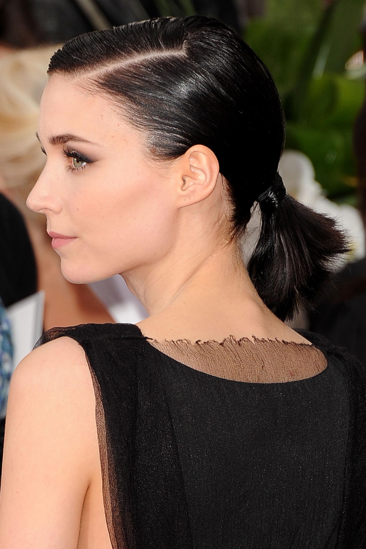 """Носът, който притежава актрисата Руни Мара, има общи черти с римския тип, но тук """"гърбицата"""" е почти незабележима, а върхът на носа обикновено сочи напред или съвсем леко нагоре."""
