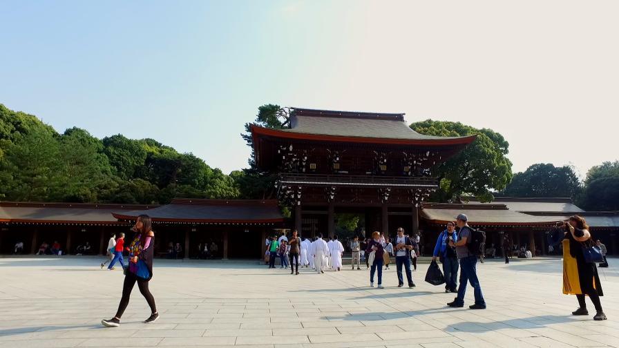 Токио - едно необятно място, на което да се...
