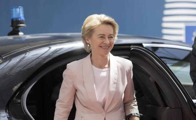 Фон дер Лайен - майка на 7 деца, ще стане ли първата жена шеф на ЕК