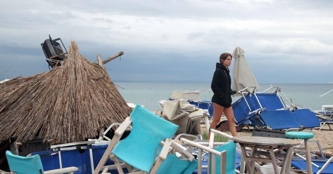 Свят Нова буря в Гърция, опасно време и в следващите