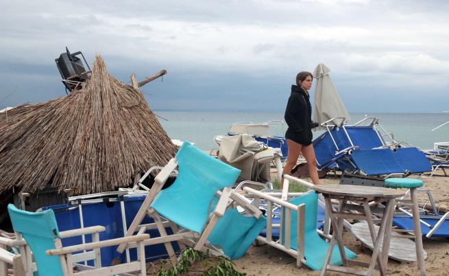 Нова буря в Гърция, опасно време и в следващите дни