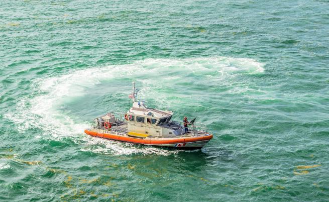 Американски командоси взеха на абордаж подводница с кокаин