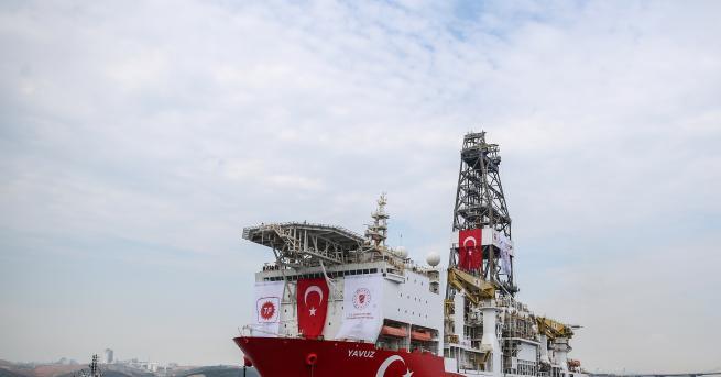 Свят Турция нехае за заплахите на ЕС, праща още кораби
