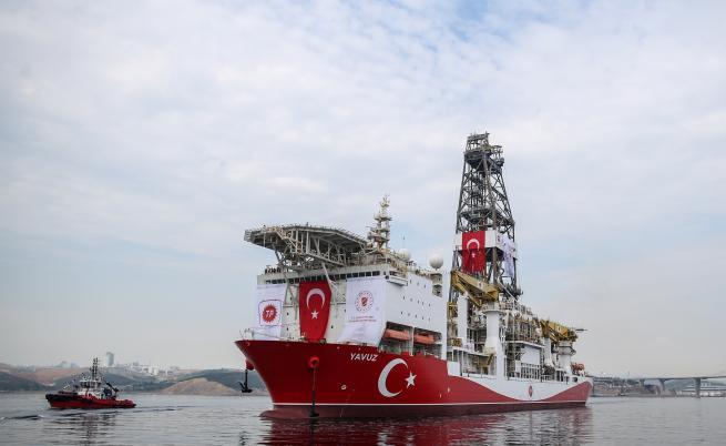 Турция нехае за заплахите на ЕС, праща още кораби към Кипър