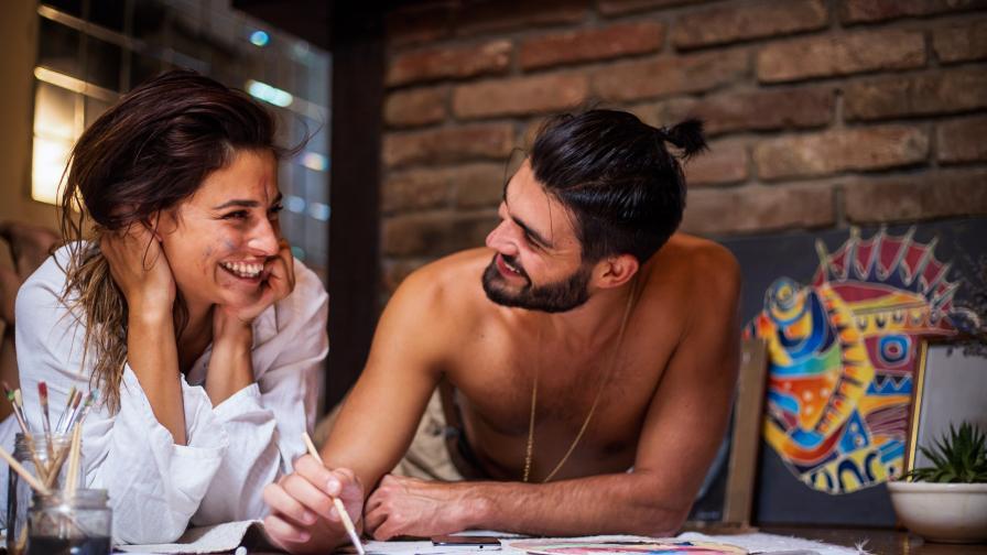 <p>Имате криза във връзката? <strong>Рисувайте заедно!&nbsp;</strong></p>
