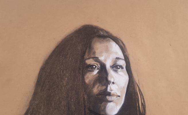 """Част от портретите по снимка от изложбата """"Лято 2019"""" на Ния Пушкарова в галерия """"Сердика""""."""