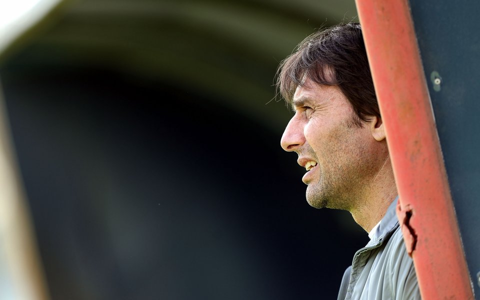 Новият наставник на Интер Антонио Конте показа своя раздразнителен нрав