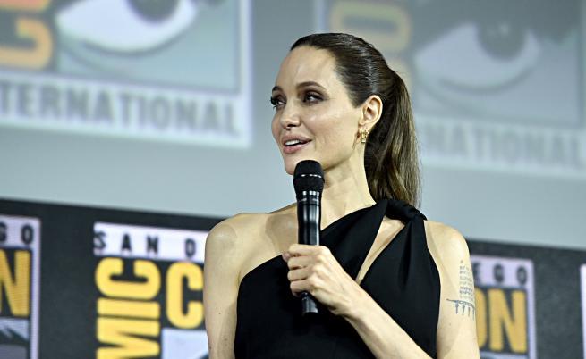 Анджелина Джоли с нова роля, изненада феновете