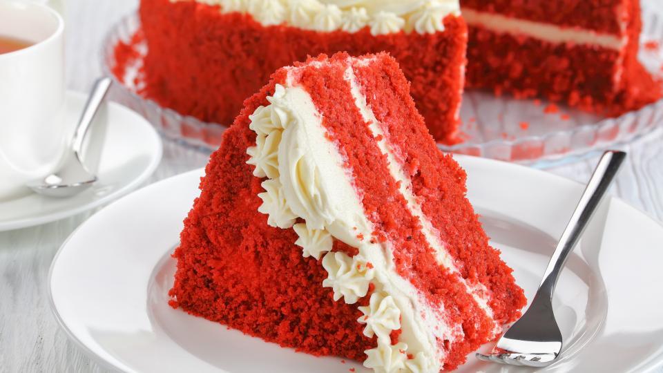 """Домашна торта """"Червено кадифе"""""""