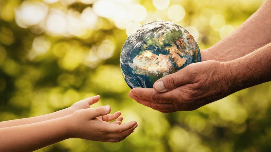 <p>Имаме 18 месеца да спасим планетата</p>