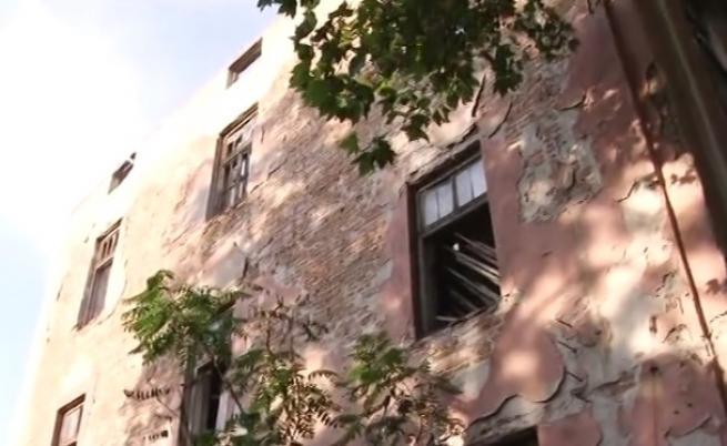 Министерството на културата отлага събарянето на тютюнев склад в Пловдив