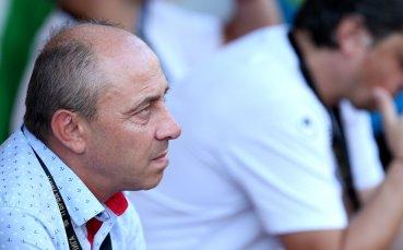 Илиев разкри голям проблем за младите български футболисти