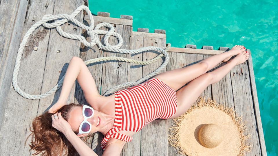 жена лято бански