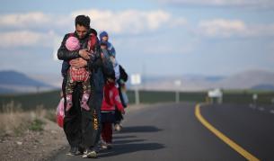 Колко бежанци може да приеме България при мигрантска криза