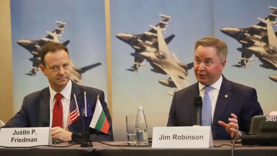 <p>Lockheed Martin: Получавате най-модерния&nbsp;боен самолет&nbsp;в света</p>