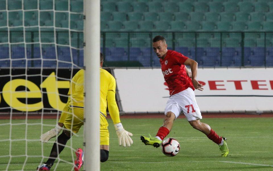 Тони Иванов изигра първия си мач като титуляр за ЦСКА