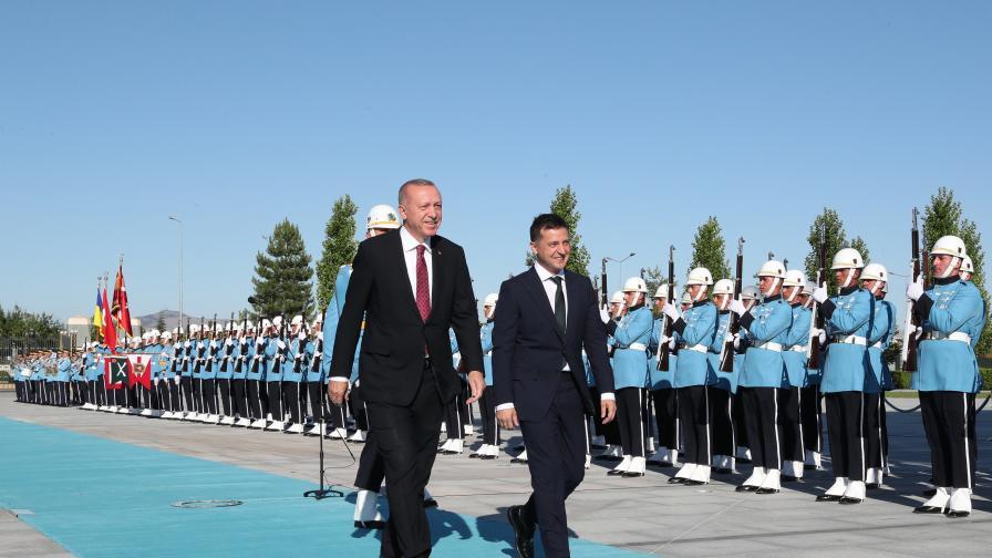<p>Ердоган: Турция не признава анексирането на Крим</p>