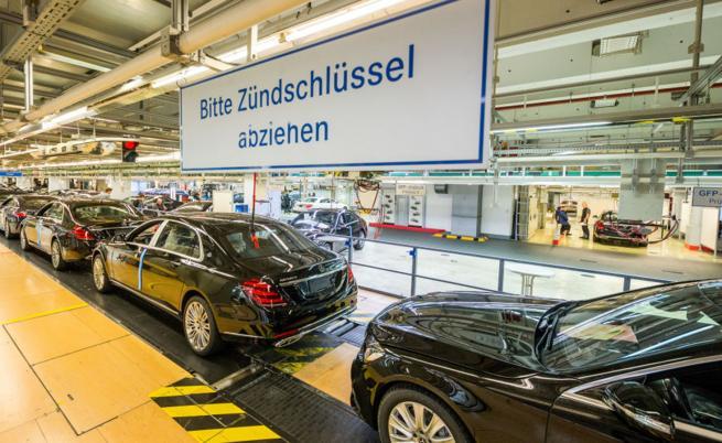 Автомобилната промишленост влиза в тежка криза