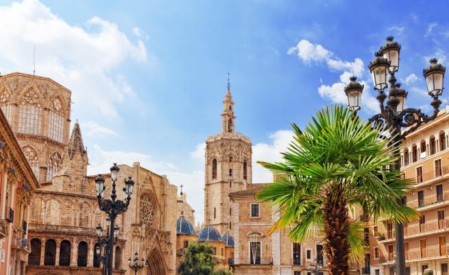 Как туризмът във Валенсия прогонва местните от домовете им