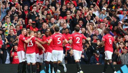 Футболистите на Юнайтед недоволни от новата политика на клуба