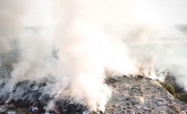 Сметището в Свищов пак пламна, обявено бедствено положение
