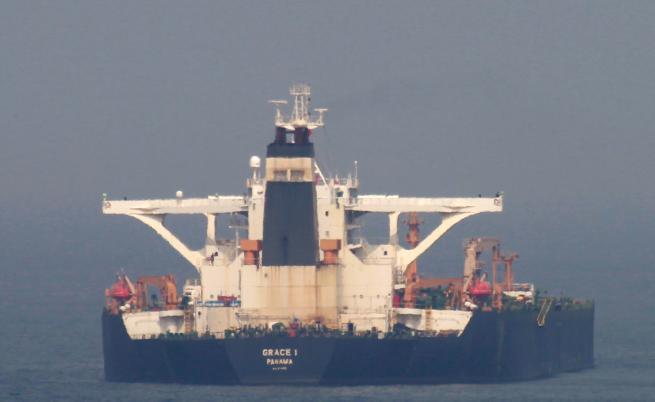 "Иран тържествува, Гибралтар освободи супертанкера ""Грейс 1"""