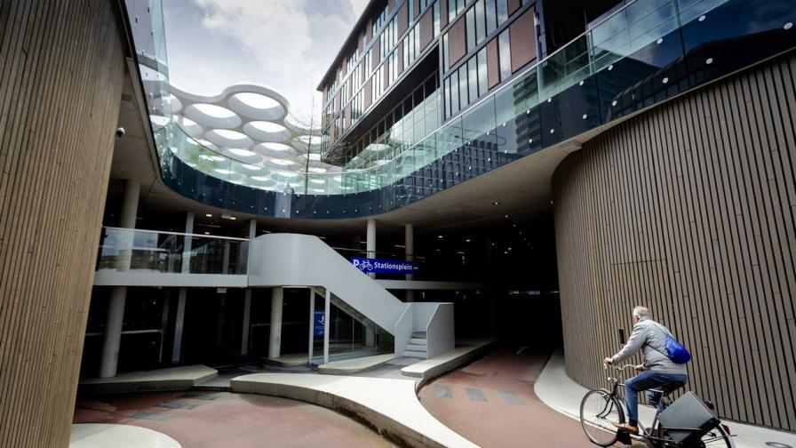 Най-големият велопаркинг в света