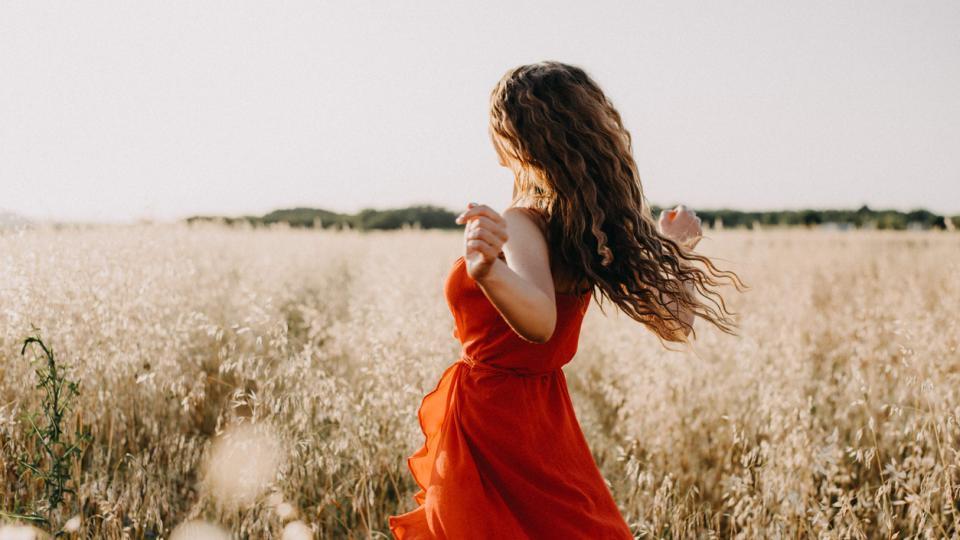 жена лято есен