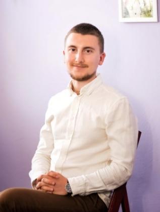 Даниел Троев