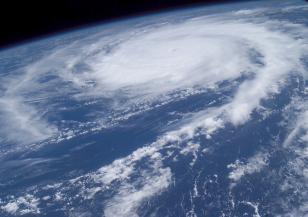 Тексас бе връхлетян от тропическа буря