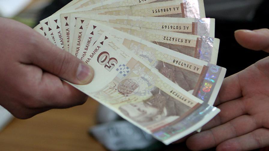 610 лева става минималната работна заплата от днес