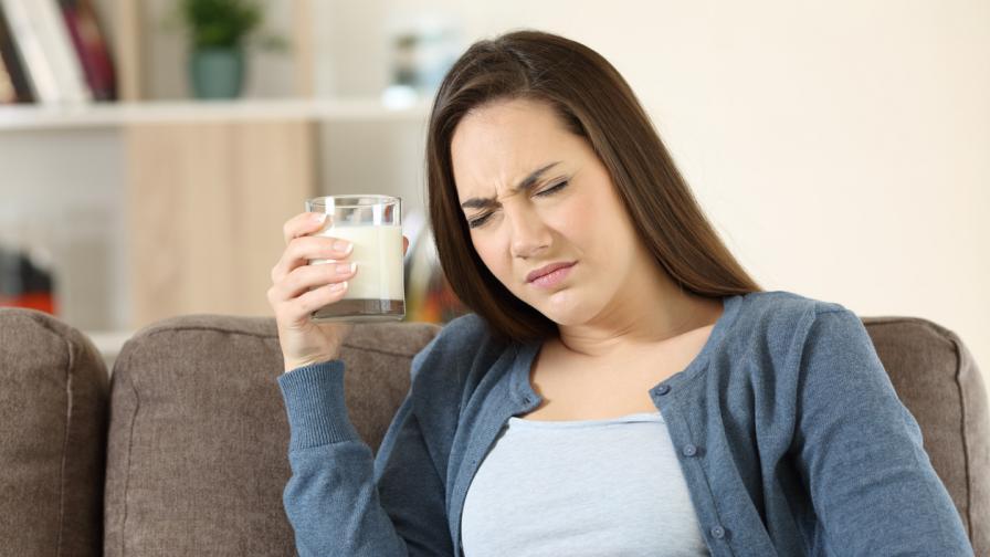 <p>Кога се проявяват <strong>симптомите на хранително отравяне&nbsp;</strong></p>