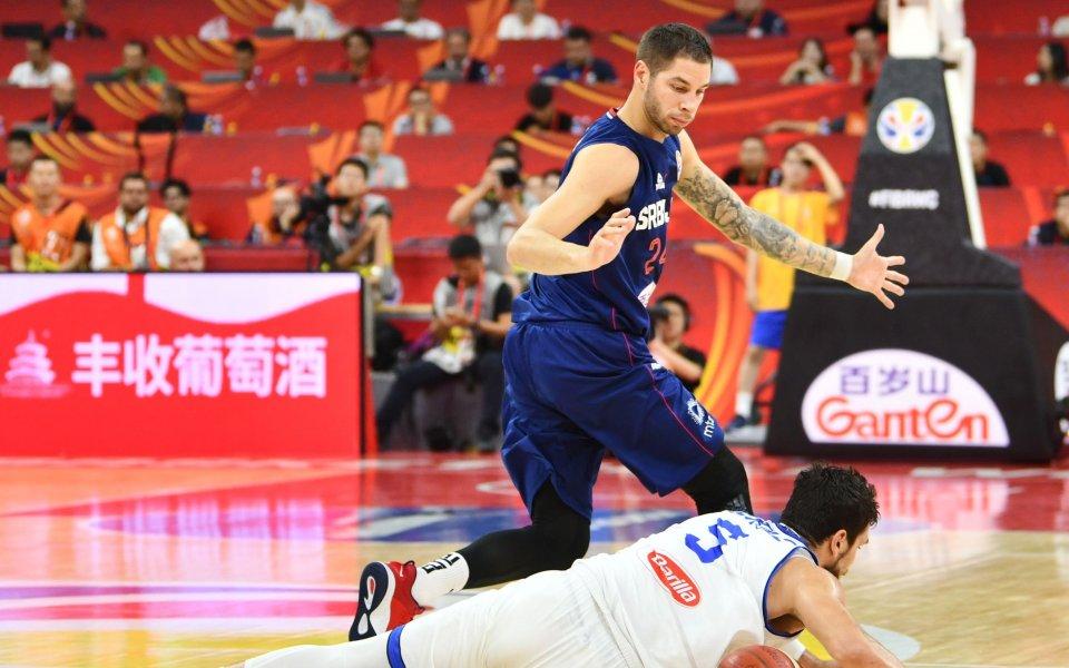 Сърбия не остави шансове на Италия и оглави група D