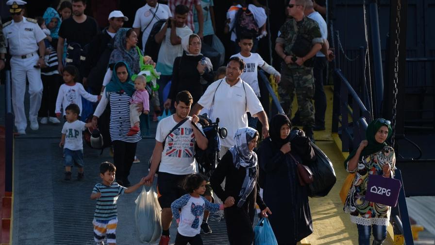<p>Тръгва ли нова бежанска вълна към България</p>
