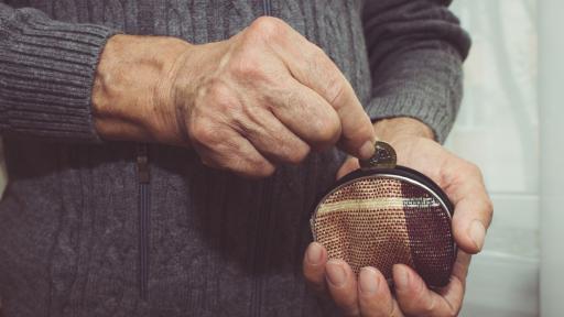 Увеличение на пенсиите с над 6% от юли догодина