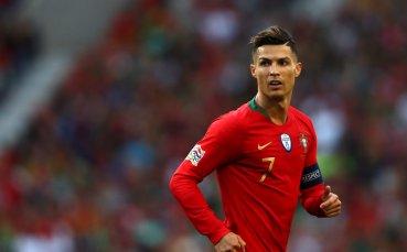 Роналдо заяви, че заслужава повече Златни топки от Меси