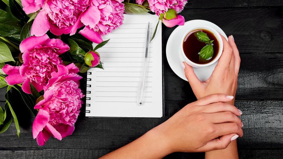 ръце бюро кафе