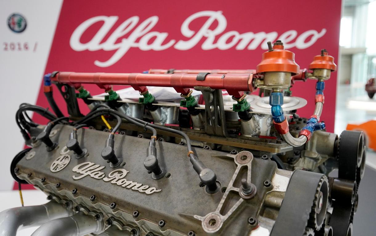 <p>Alfa Romeo V1035</p>