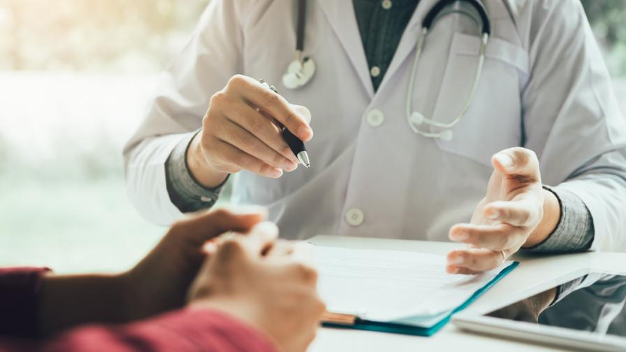 <p>АИКБ и КНСБ в спор за предложението за болничните</p>