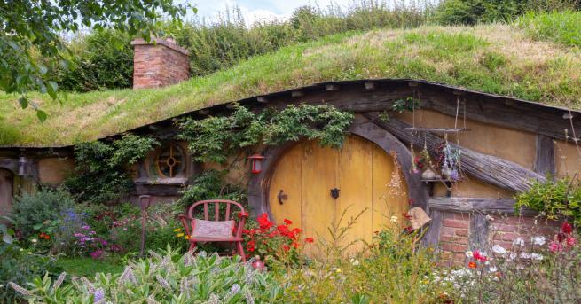 Любопитно Героите на Толкин, които празнуват рожден ден днес Празникът