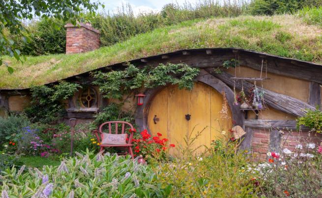 Героите на Толкин, които празнуват рожден ден днес