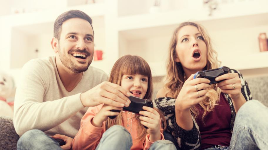8 причини да не забранявате видео игри на децата си