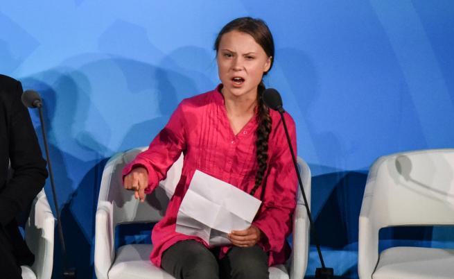 Грета Тунберг: Хората страдат, умират, екосистеми се рушат