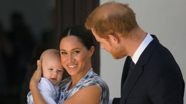 Семейна идилия: вижте нов прекрасен кадър на бременната Меган Маркъл с Хари и Арчи