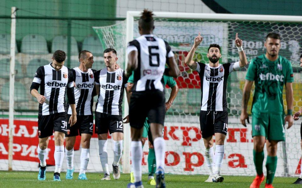 Локо Пловдив ще играе контрола с Хебър по време на паузата