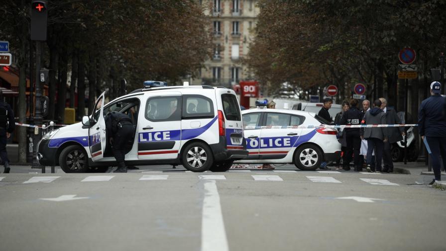 <p>Нападателят от Париж изповядвал радикален ислям</p>