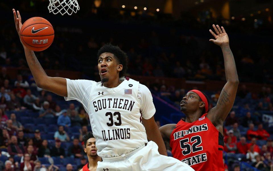 Шампионът в Националната баскетболна асоциация Голдън Стейт привлече центъра Кевиън