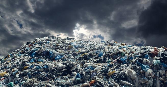 България Евростат: България пета в ЕС по генериране на боклук,