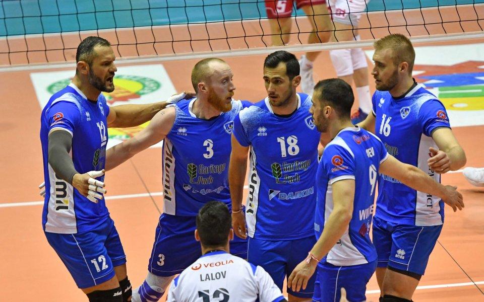 Волейболният Левски се класира за финала на традиционния мъжки турнир