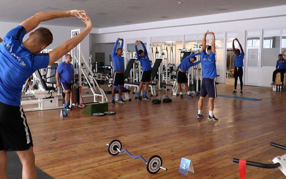 Старши треньорът на ЛевскиПетър Хубчев определи група от 22-ма футболисти